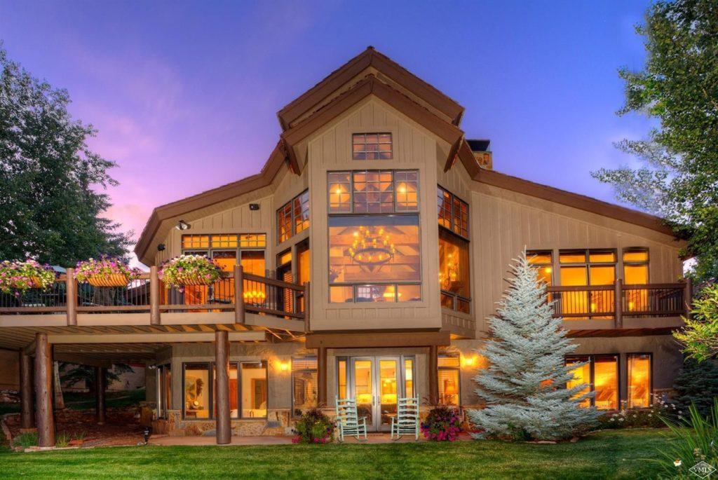 Ask A Realtor: Should I buy or build a home?